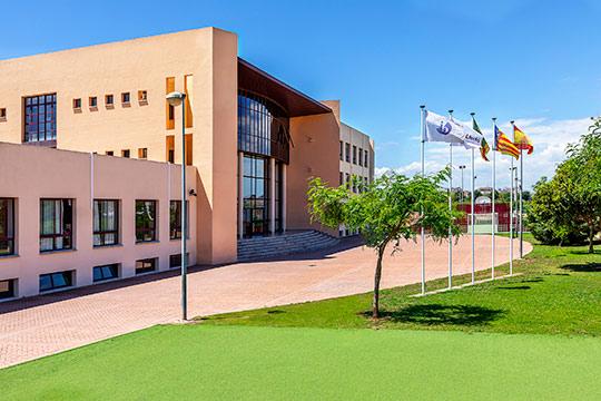 Colegio Lledó aumenta su liderato en enseñanza Internacional