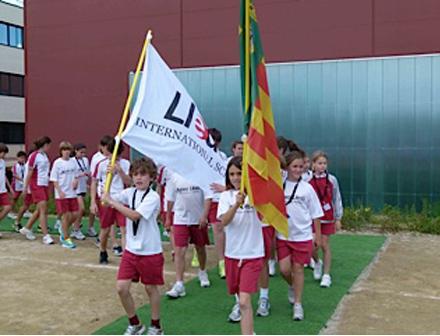 Alumnos en la inauguración de los Olympic Games en Castellón