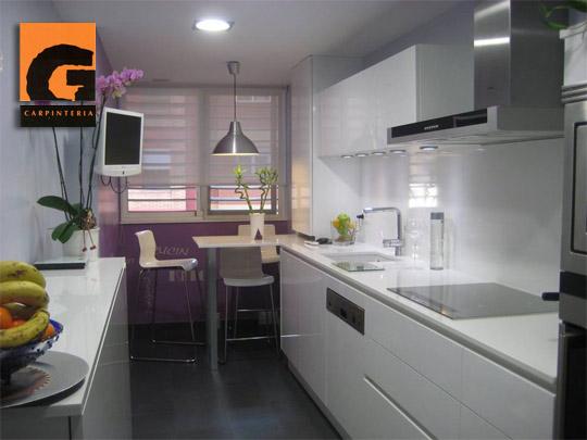 Cocinas peque as con grandes posibilidades desc brelo en - Muebles de cocina en castellon ...