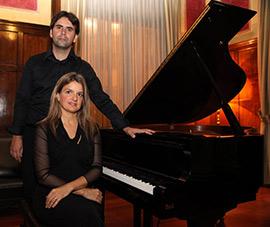 Gloria Revert Lázaro y Julio Poquet Más, piano a cuatro manos