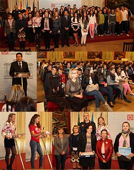 Entrega de los premios del concurso de redacción sobre violencia de género