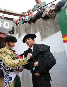 Corrida del viernes 13 de marzo. Juan José Padilla, Morante de la Puebla y Manzanares
