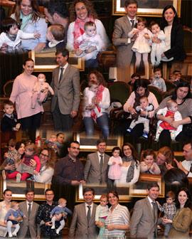 Entrega de medallitas a 39 niños nacidos durante 2014 en Castellón