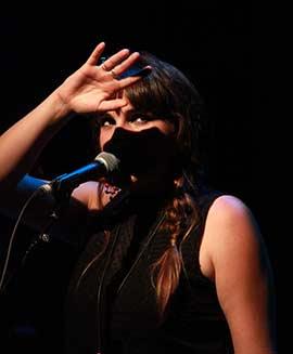 La cantautora Rozalén, en el ciclo Altres Músiques de Benicàssim