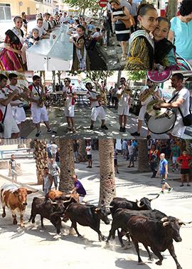 Inauguración de la tasca festera en el Grao de Castellón