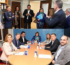 Isabel Bonig se reúne en Castellón con el Grupo Municipal Popular