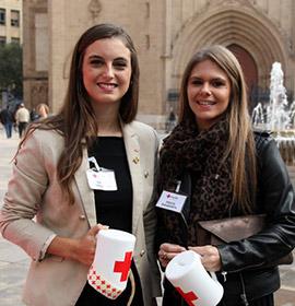 Castellón apoya a Cruz Roja en su fiesta de la Banderita