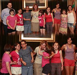 Alumnos de la Asociación Síndrome de Down visitan el Ayuntamiento  de Castellón