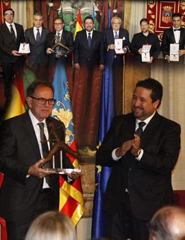 La Diputación entrega l´Alta Distinció a Avelino Corma y premia el mérito de Carlos Latre, Bruno Soriano, el Tio Enrique y Marie Claire