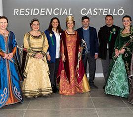 Na Violant y sus dones de companya visitan Residencial Castelló