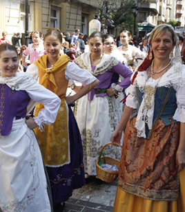 Alumnos del estudio de danza Coppelia participan en el Pregò Infantil