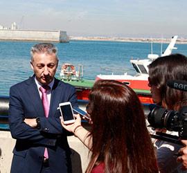 El puerto de Castellón a la vanguardia de protección marina por su barrera oceánica anticontaminante
