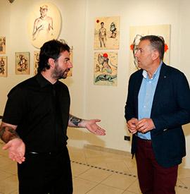 Exposición de Lázaro Totem en el Espai Cultural Obert de Les Aules
