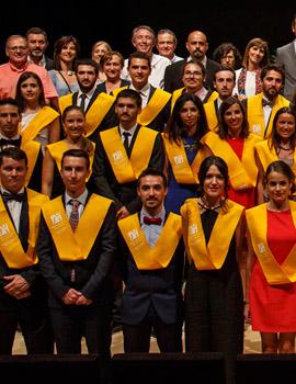 La Universitat Jaume I gradúa la primera promoción del Grado en Medicina