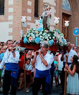 Procesión en honor a la Virgen del Carmen en el Grao de Castellón