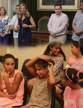 La alcaldesa de Castellón recibe a la delegación de niños saharauis que pasa sus vacaciones en nuestra ciudad