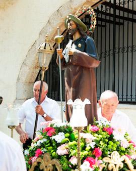 Misa solemne y procesión en la ermita de Sant Jaume de Fadrell