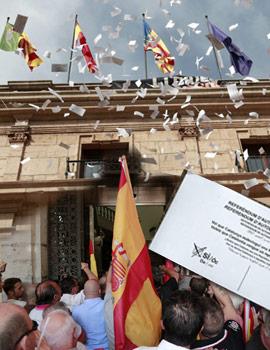 Imágenes de la concentración del sábado 30 de septiembre 2017 en la plaza Mayor de Castellón