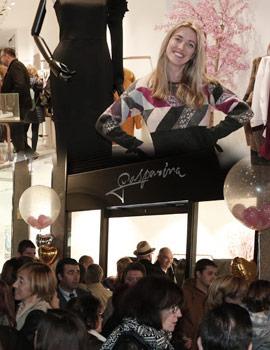 Inauguración del nuevo concepto de moda femenina, Gasparina