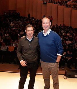1000 personas en la charla de Pedro García Aguado y Francisco Castaño Mena