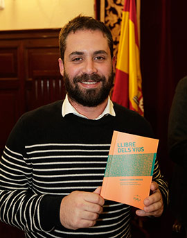 Roberto Tormo Enrique gana el  XVIII Premi de Narrativa Breu ´Josep Pascual Tirado´