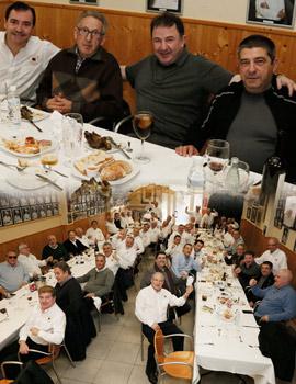 El chef Martín Berasategui almuerza con la asociación gastronómica L´Olla de la Plana