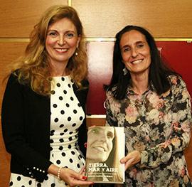 Patricia Campos y Amparo Marco en la Fundación Caja Castellón