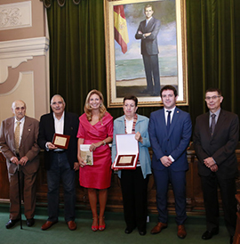 Carmen Barceló Torres y Benjamín Barberà Miralles, premios Valencià de l´Any