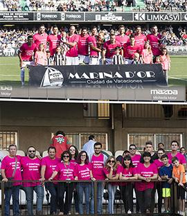 El CD Castellón se tiñe de rosa en la lucha contra el cáncer de mama junto a AECC