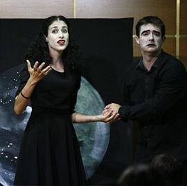 Espectáculo de Xana teatre en la Fundación Caja Castellón