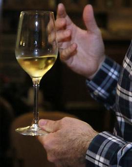 Cata de vinos gallegos en el Real Casino Antiguo de Castellón