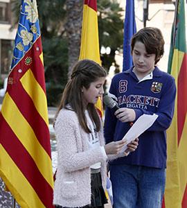Lectura de la Constitución con alumnado del colegio público Lluís Revest de Castellón