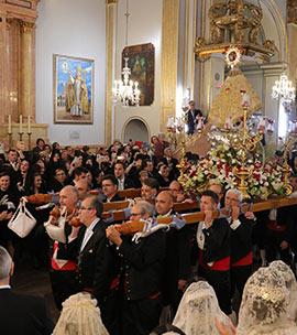 Procesión general con la imagen de la Patrona de Castelló