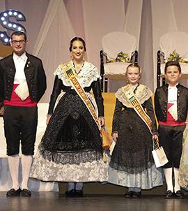 Presentación de Camila y Daniela como madrinas de la Gaiata 6 Farola-Ravalet