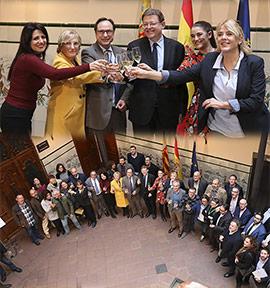 Ximo Puig asiste a la copa de Navidad con los medios de comunicación de Castelló