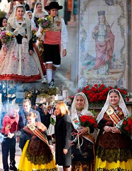 Benicàssim honra a sus patrones con ofrenda de flores