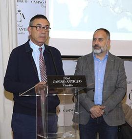Conferencia de Emilio Forcen sobre la odisea de Magallanes