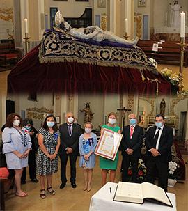 Veneración de la imagen del Cristo del Santo Sepulcro en la Capilla de la Sangre de Castelló
