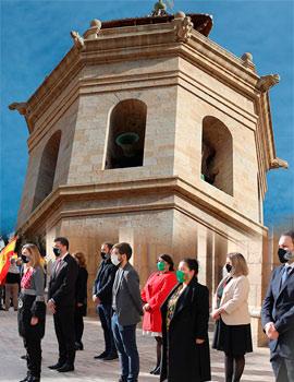 Castelló celebra el Día de la Constitución con un volteo de campana del Fadrí