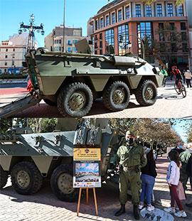 Muestra de vehículos mlitares en el Paseo Ribalta
