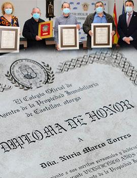 Acto de entrega de distinción de honor y diplomas del Colegio de Agentes de la Propiedad Inmobiliaria de Castellón
