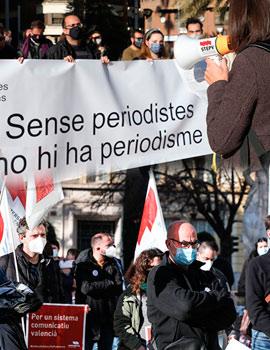 Manifestación de periodistas en Castellón para denunciar los despidos en el sector
