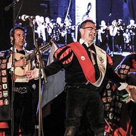 Castelló celebra la Festa de la Rosa con un concierto en la plaza Mayor