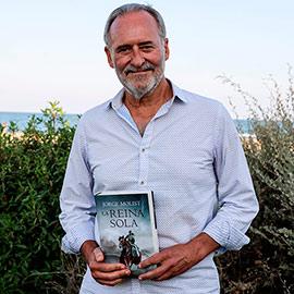El escritor Jorge Molist protagoniza la cuarta cita del Ciclo de Novela, Historia y Playa