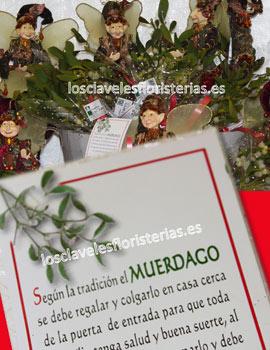 Floristería Los Claveles te propone el muérdago de la suerte para regalar en Navidad